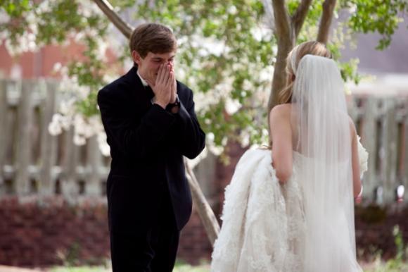 lần đầu thấy vợ mặc áo cưới 3