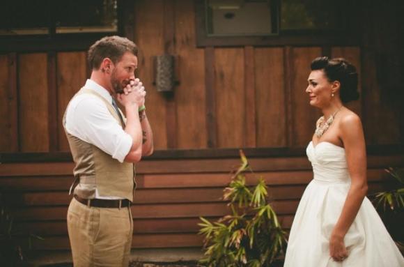 lần đầu thấy vợ mặc áo cưới 10