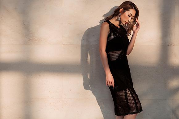 Quỳnh Thy diện váy voan mỏng lộ nội y dạo phố 12