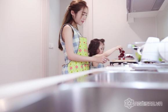 Elly Trần chăm con cực khéo 3