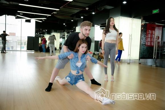 Fan đứng ngồi không yên khi xem Ngọc Trinh lần đầu tập nhảy 13