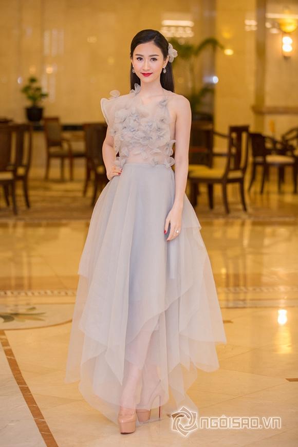 Hoa hậu Phạm Hương được vinh danh Người phụ nữ của năm 11