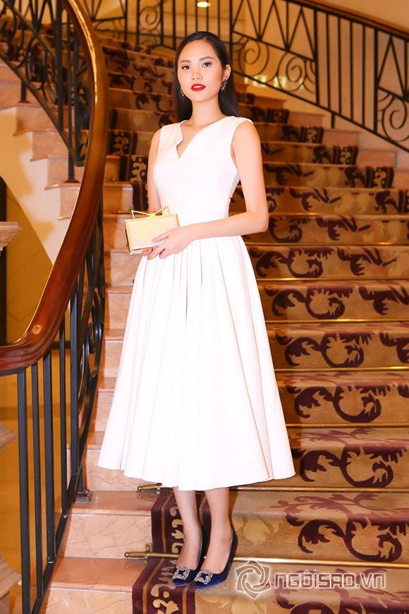 Hoa hậu Phạm Hương được vinh danh Người phụ nữ của năm 14
