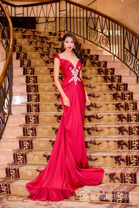 Hoa hậu Phạm Hương được vinh danh Người phụ nữ của năm 15
