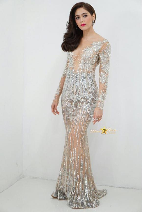 Mỹ nhân Thái Lan Chompoo Araya 'đốt mắt' người nhìn với váy xuyên thấu tại sự kiện 7