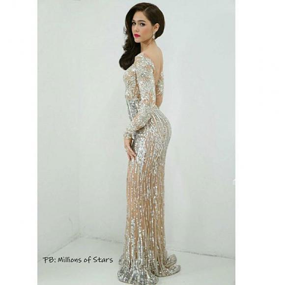Mỹ nhân Thái Lan Chompoo Araya 'đốt mắt' người nhìn với váy xuyên thấu tại sự kiện 12