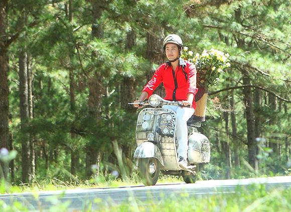 Nguyễn Phi Hùng, Nguyễn Phi Hùng bị lửa nửa tỷ, Nguyễn Phi Hung tung MV về tình cảm gia đình
