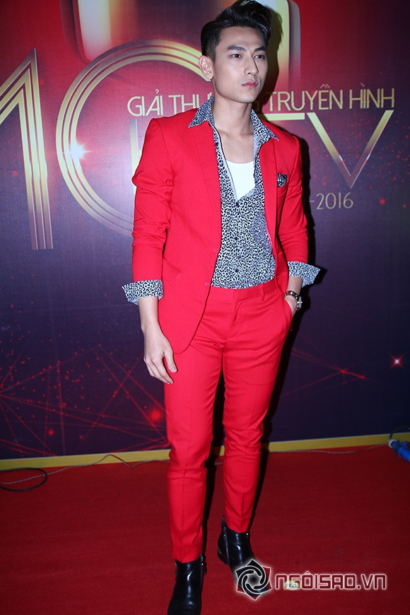 sao Việt, sao Việt trên thảm đỏ, sao Việt khoe người yêu trên thảm đỏ, thảm đỏ HTV Awards