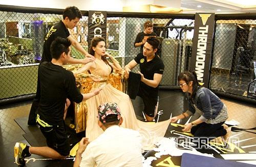 Ghen tỵ với những khoảnh khắc sao Việt được chăm sóc như 'nữ hoàng' 7