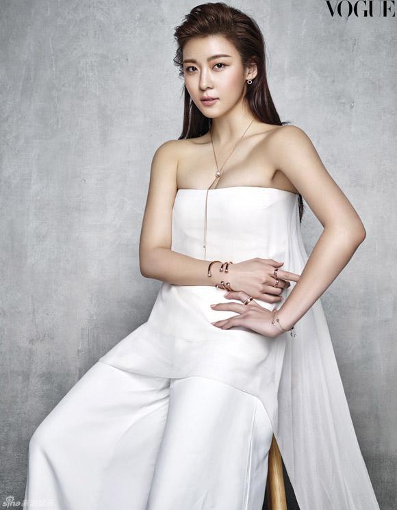 ha Ji Won, ha Ji Won vogue, ha Ji Won ảnh đẹp, ha Ji Won ảnh mới, sao hàn, mỹ nhân Hàn