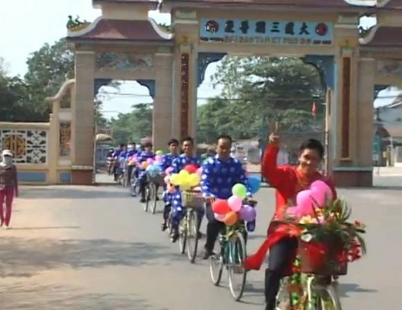 Màn rước dâu độc đáo bằng xe đạp trong đám cưới ở Tây Ninh 4
