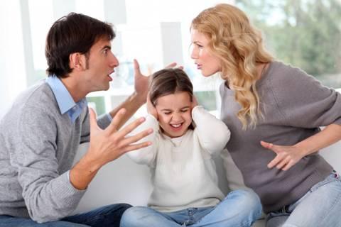 con gái, con gái nhỏ, cặp bồ, mẹ kế, chuyện gia đình, tâm sự gia đình