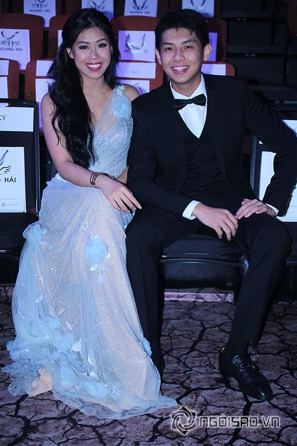 Mẹ chồng Hà Tăng diện váy xuyên thấu đi xem thời trang 3
