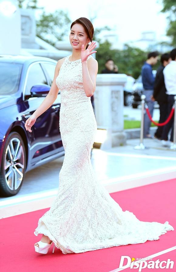 Song Joong Ki và Song Hye Kyo trên thảm đỏ Baeksang 4