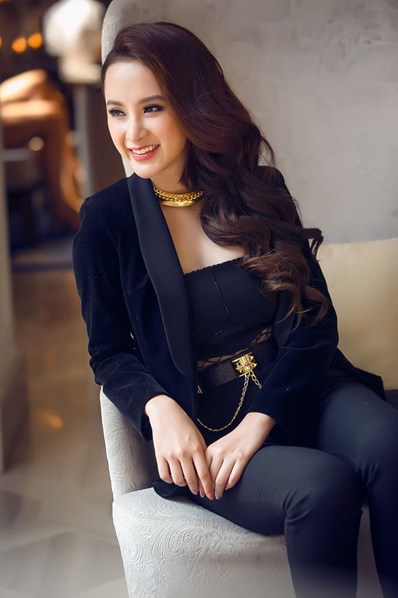 sao Việt, Angela Phương Trinh, bà mẹ nhí, đạo diễn Đức Thịnh, tiêu chí bạn trai của Angela Phương Trinh, Sứ mệnh trái tim
