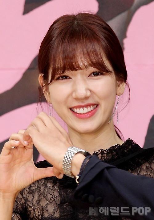 Park Shin Hye chia sẻ nhân vật trong phim Doctors gợi nhớ về quá khứ của mình 0