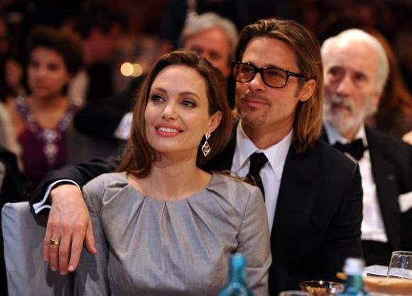 Rộ tin Angelina Jolie đã tìm luật sư để chuẩn bị ly hôn với Brad Pitt 3