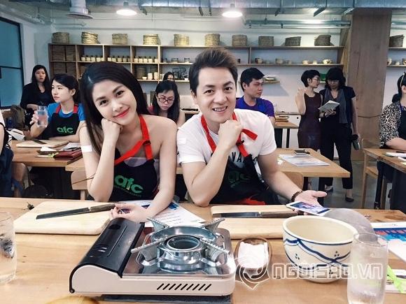 Tin sao Việt mới ngày 13/7: Ngọc Thúy cười hết cỡ trong