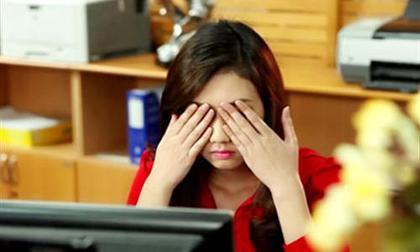 bảo vệ mắt, chăm sóc mắt, tránh tổn thương mắt, sử dụng điện thoại, hại mắt do nhìn điện thoại suốt ngày