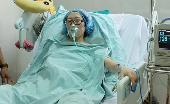Đậu Thị Huyền Trâm , từ chối chữa ung thư để cứu con, Nữ công an từ chối chữa ung thư giữ con