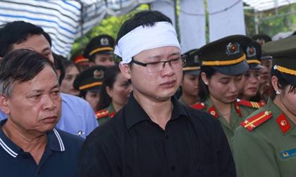 Đậu Thị Huyền Trâm, Bé Trần Gấu, Thiếu úy từ chối điều trị ung thư để cứu con