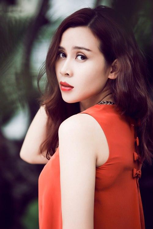Lưu Hương Giang,  Lưu Hương Giang đá xéo Sơn Tùng, Sơn Tùng M-TP, MV mới của Sơn Tùng M-TP, We Don't Talk Anymore, Chúng ta không thuộc về nhau, sao việt