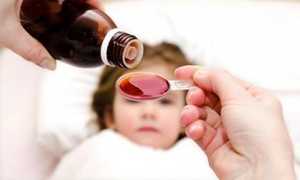 nắn chân, nắn chân cho trẻ sơ sinh, trẻ sơ sinh, chăm sóc trẻ sơ sinh, chăm con, sức khỏe