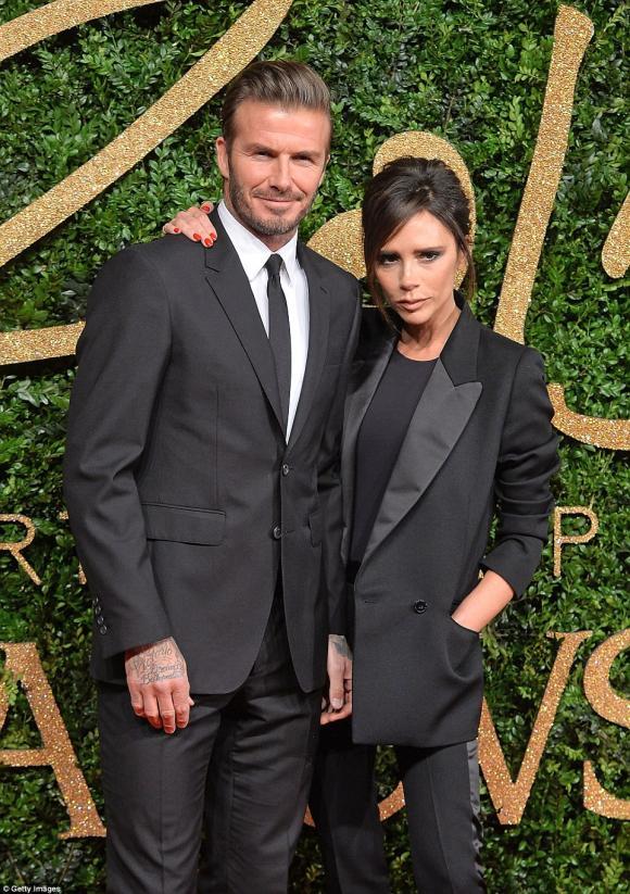 Vợ chồng David Beckham bán biệt thự hơn 70 tỉ đồng vì ma ám 11