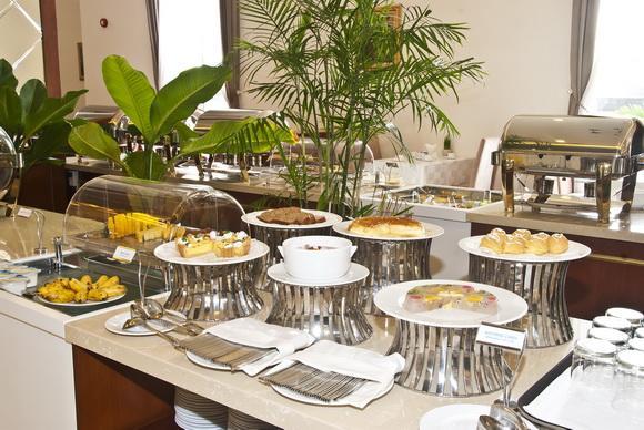 khách sạn Tân Sơn Nhất, Nhà hàng - khách sạn Tân Sơn Nhất, buffet trưa – hải sản