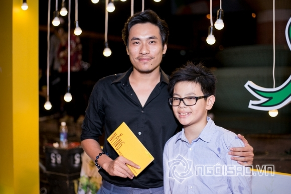 ,vợ chồng Thu Trang - Tiến Luật,Trấn Thành đỏ rực từ đầu tới chân, sao việt, sao trên thảm đỏ, phim Nắng