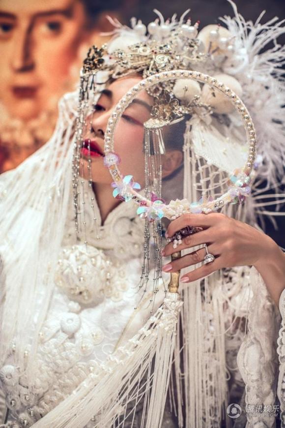 sao Hoa ngữ,sao nữ gốc Việt,Chung Lệ Đề,Trương Luân Thạc,ảnh cưới Chung Lệ Đề