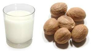 mụn đầu đen, loại bỏ mụn, trị mụn, sữa, hạt nhục đậu khấu, làm đẹp