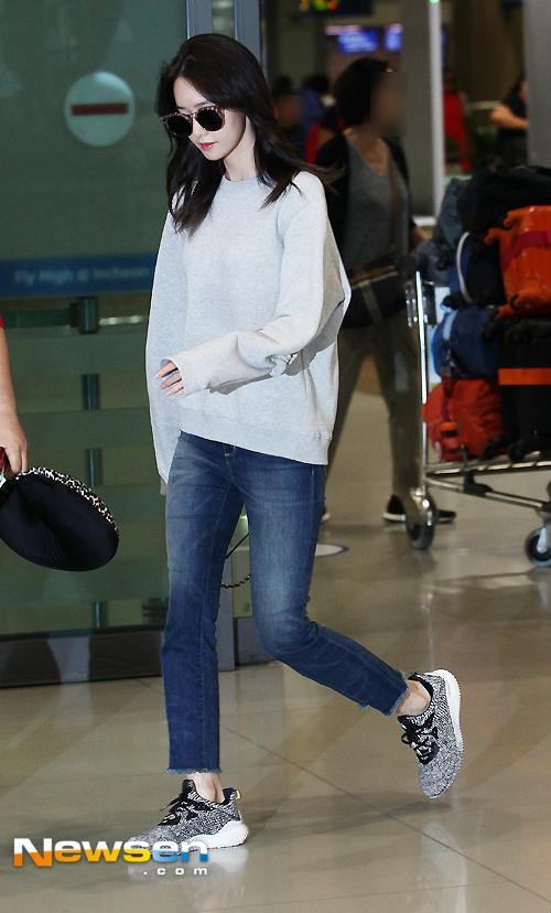 sao Hàn,Yoona SNSD,SNSD,Yoona giấu nhược điểm,chân cong của Yoona,sao Kpop