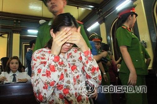 Mỹ nhân Việt trước vành móng ngựa 1