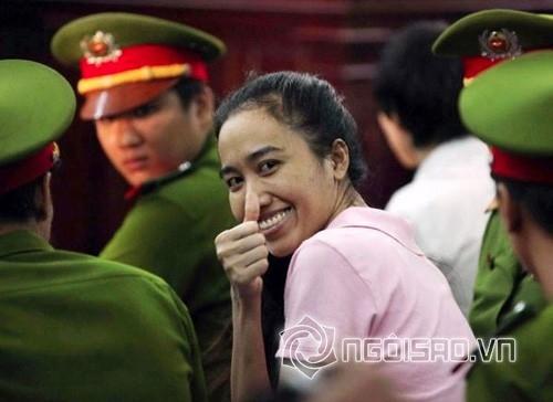 Mỹ nhân Việt trước vành móng ngựa 4