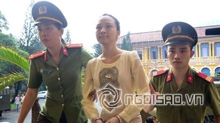Mỹ nhân Việt trước vành móng ngựa 3