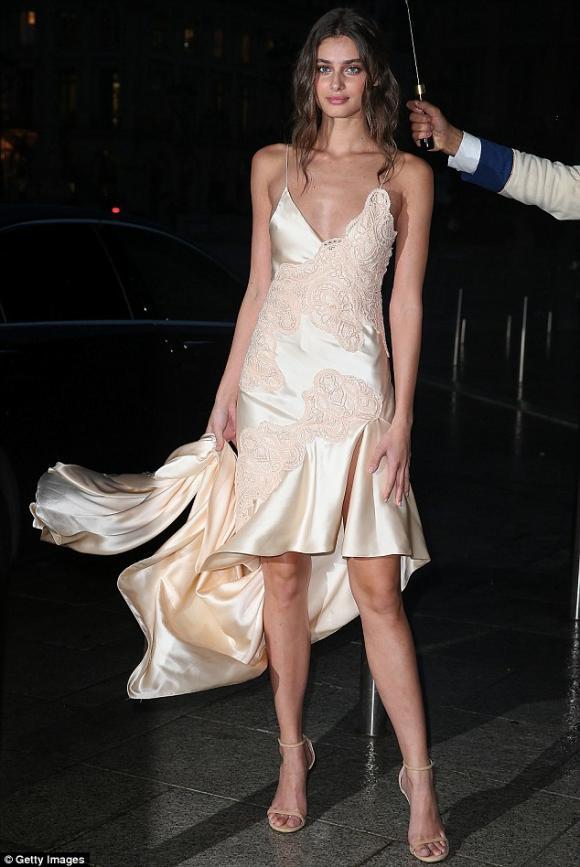 Kim tại Tuần lễ thời trang Paris 2016 9
