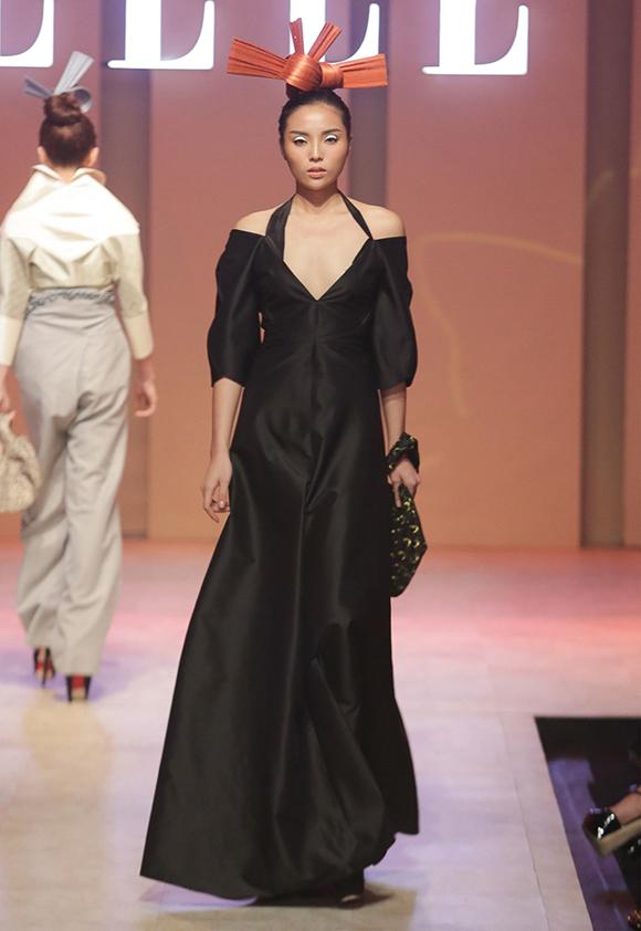 Hoa hậu Kỳ Duyên bất ngờ xuất hiện 4