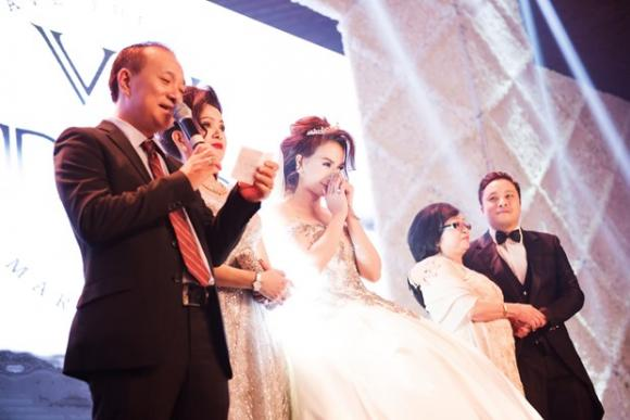 mỹ nhân Việt, quà tặng mỹ nhân Việt trong ngày cưới, quà cưới độc đáo của mỹ nhân Việt, Đinh Ngọc Diệp, Thủy Tiên, bà xã Tuấn Hưng