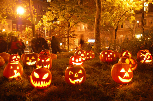 Halloween xem phim gi, halloween 2016, phim ngay halloween, xem phim gi ngay halloween, le hoi hoa trang 2016