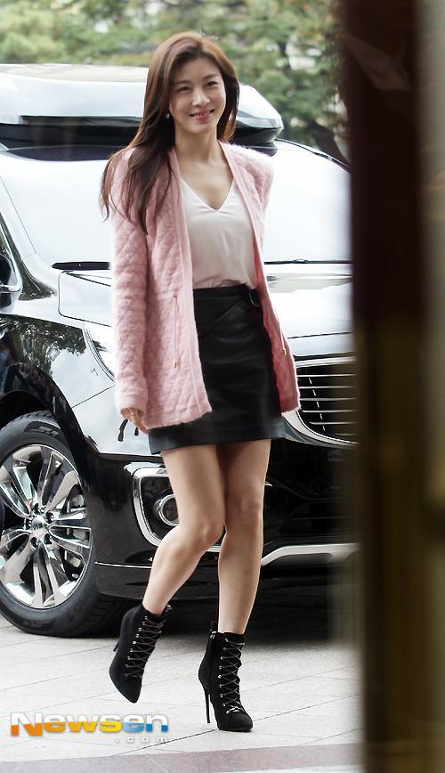 sao Hàn,Kim Tae Hee,Ha Ji Won,sao Hàn trẻ như thiếu nữ,ngọc nữ màn ảnh Hàn