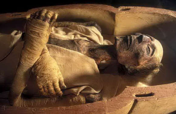 pharaoh-6-ngoisao.vn-w635-h413 4