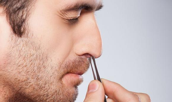 lông mũi, nhổ lông mũi, vệ sinh mũi, cắt lông mũi, tam giác vàng