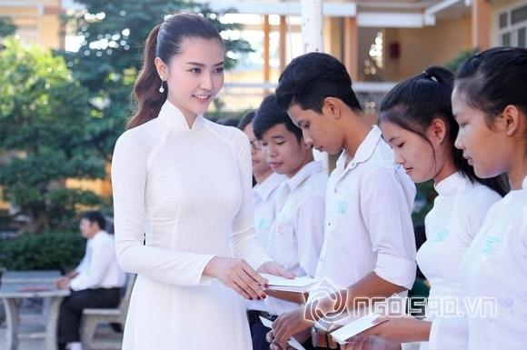 sao Việt, Đinh Mạnh Ninh, MC Hoàng Linh, ngày 20/11, ngày nhà giáo việt nam