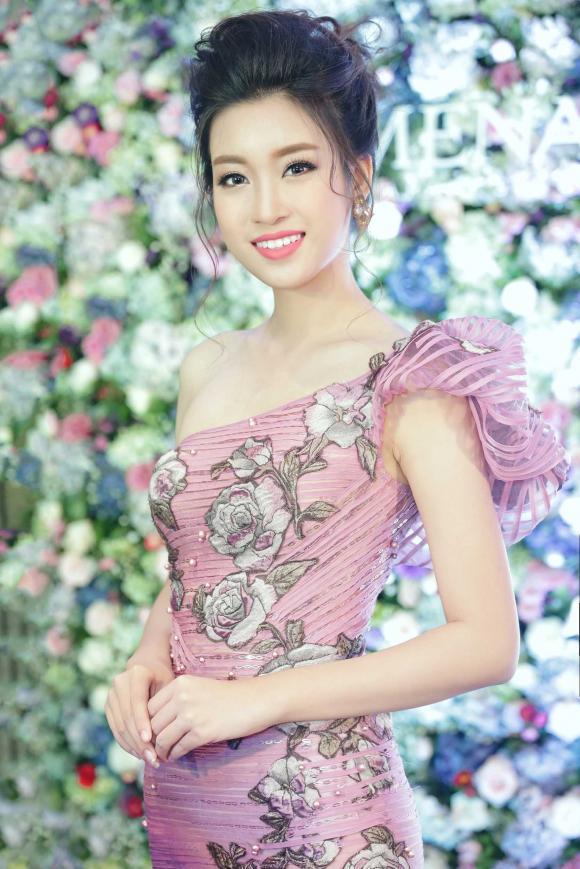 Hồng Nhung, con Hồng Nhung, ca sĩ Hồng Nhung, mẹ con Hồng Nhung, sao Việt