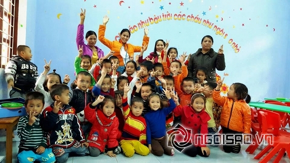 huy-khanh-va-vo-cu-16-ngoisao.vn-w960-h540.stamp2