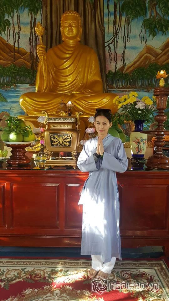 huy-khanh-va-vo-cu-22-ngoisao.vn-w540-h960.stamp2