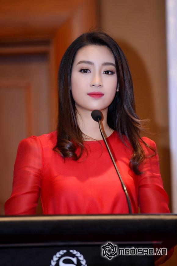 Hoa hậu Mỹ Linh váy đỏ nổi bật 1
