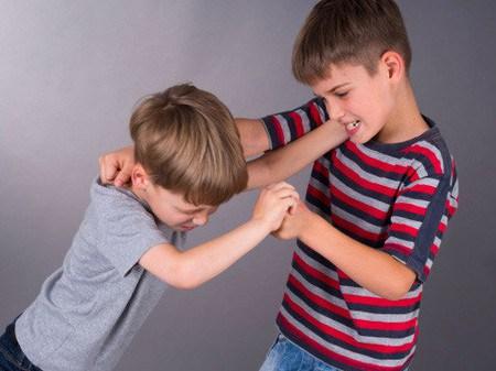 phạt con, phạt con khoa học, dạy con, dạy con đúng cách, cha mẹ dạy con