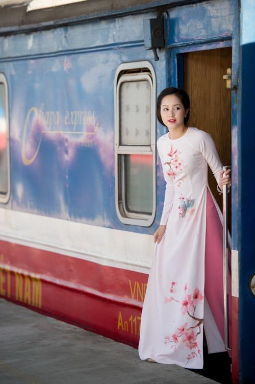 bst-ao-dai-612-6-ngoisao.vn-w500-h752 6